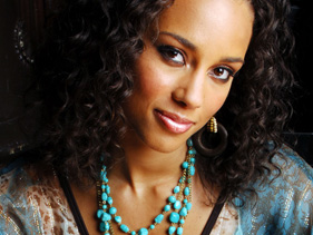 Alicia Keys Fashion Turquoise Bead Necklace
