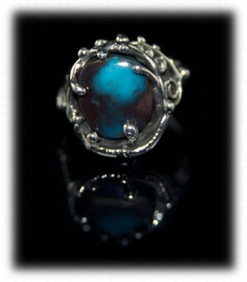 An Artistic Bisbee Turquoise Womens Ring