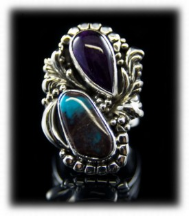 Womens artisan handmade Kingman Turquoise ring in a Southwestern style