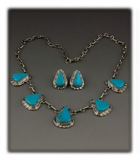 Blue Turquoise Necklace with Manassa Turquoise from Colorado