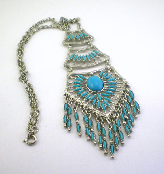 A Fake Native American Turquoise  Necklace