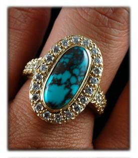 Handmade 18k yellow gold  and Bisbee Turquoise Ring with Diamonds