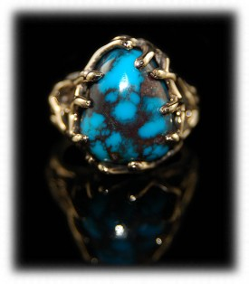 Spiderweb Bisbee Turquoise in a Gold Womens Ring