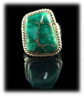 Green Turquoise Handcrafted Silver Ring - 925 Silver