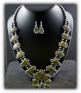 Green-Turquoise Squash-Blossom-Necklace