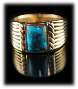 Handmade Gold Band with Bisbee Turquoise from Arizona, USA - Ring