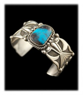 Navajo Handmade Bisbee Turquoise Bracelet
