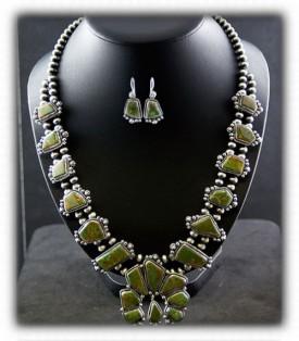 Navajo Jewelry - Squash Blossom Neckilace