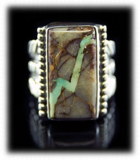 Pictured here is a beautiful Art Deco Style handmade Pilot Mountain Ribbon Turquoise Ring