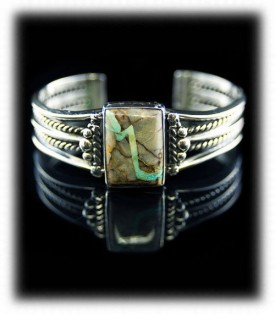 Royston Ribbon Turquoise in a Sterling Silver Bracelet
