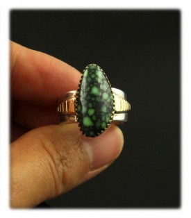 Navajo Native American handmade Sterling Silver and 14k gold ring with top grade spiderweb Damele