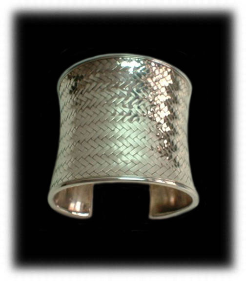 Thai Silver - Handcrafted Silver Jewelry from Thailand