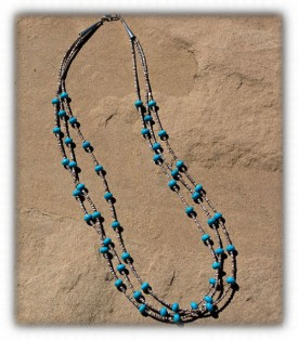 Vintage Style Turquoise Bead Necklace